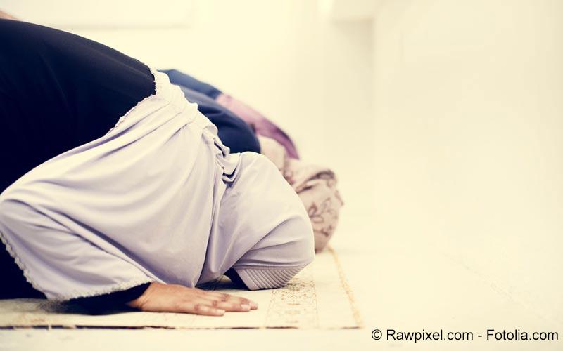 Muslime betend