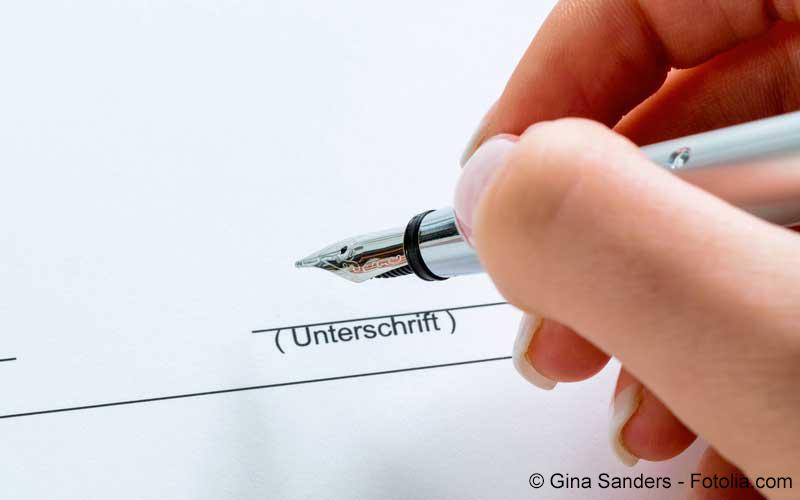Vertrag Unterschrift