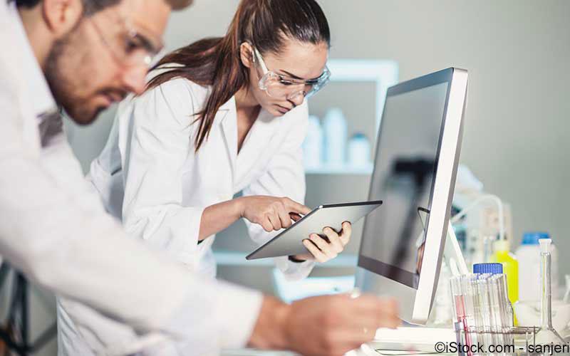 Forscher analysen gemeinsam