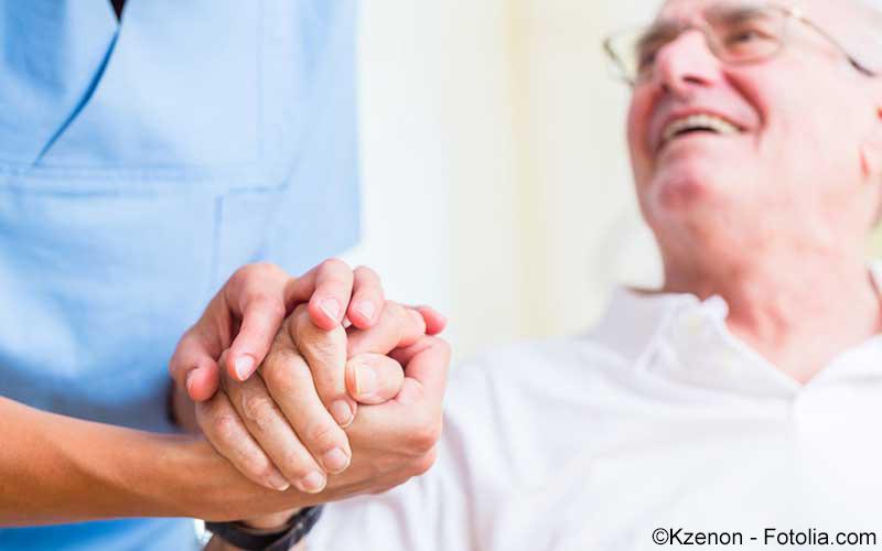 Patient mit Pfleger